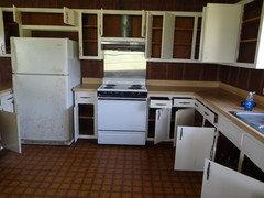 1940's NZ kitchen - small, awkward-ish layout.