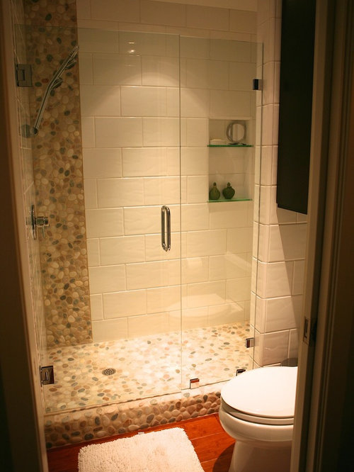 Affordable bathroom design ideas renovations photos for Bamboo bathroom flooring ideas