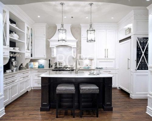Montreal home design ideas renovations photos for Armoire de cuisine bcbg