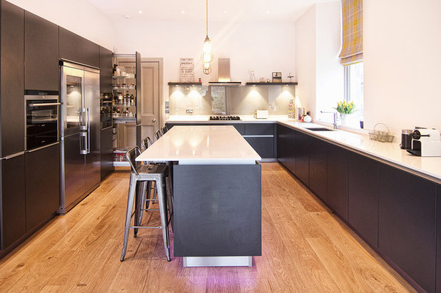 Contemporary Kitchen by Kitchens International