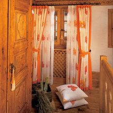 landhausstil gardinen vorh nge jalousien rollos houzz. Black Bedroom Furniture Sets. Home Design Ideas