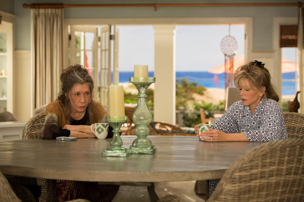 Take A Behind The Scenes Tour Of Netflix S Grace And Frankie