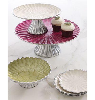 Guest picks pretty cake stands for Pretty cake stands