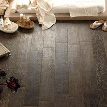 Porcelain vs ceramic floor tiles