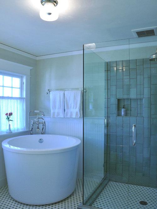 Traditional bathroom design ideas renovations photos for Japanese bath tube