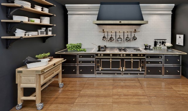 how to find the right range for your kitchen. Black Bedroom Furniture Sets. Home Design Ideas