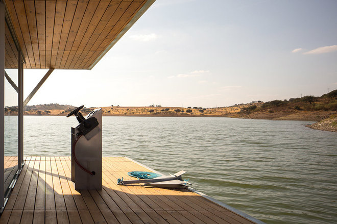Embrace a Life on the Water With a Prefabricated Floating Home