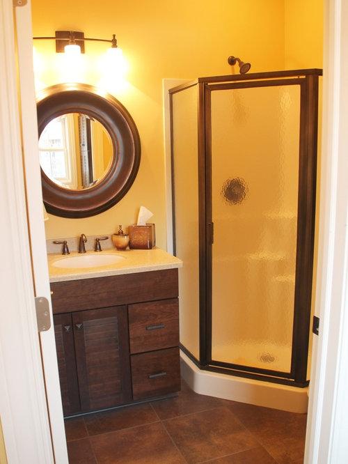 Salles de bains et wc bord de mer avec un sol en vinyl for Salle de bain avec wc separe