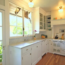 Houzz TV: A Just-Right Kitchen With Vintage Style