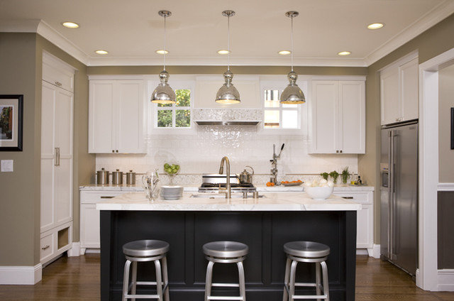 Kitchen Layouts: Ideas for U-Shaped Kitchens