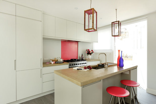 Contemporary Kitchen by Cue & Co of London
