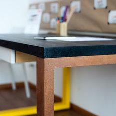 skandinavische schreibtische f r arbeitszimmer home office. Black Bedroom Furniture Sets. Home Design Ideas