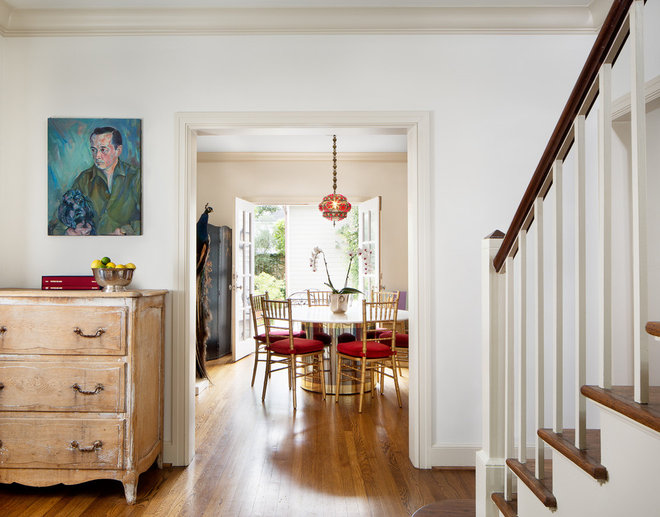 Eclectic by Dillon Kyle Architects (DKA)