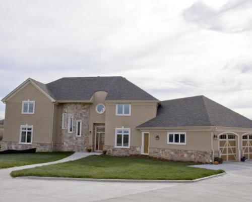 Hartford custom home for 6000 sq ft home