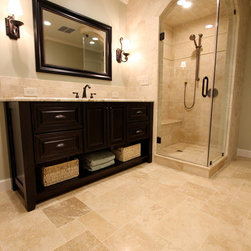 Bathroom Design Ideas, Remodels & Photos with Flat-Panel Cabinets and