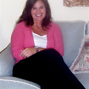 Julie Holmes Design's photo