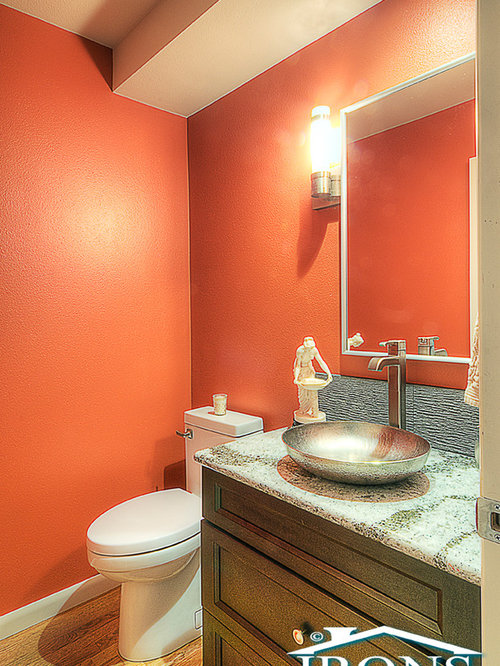 Bathroom design ideas renovations photos with green for Bathroom ideas with red walls