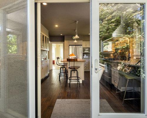 wohnk chen mit elektroger ten aus edelstahl und. Black Bedroom Furniture Sets. Home Design Ideas