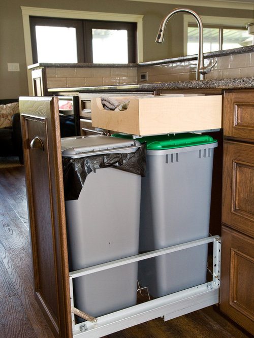 Traditional galley kitchen design ideas renovations photos for Galley kitchen storage solutions