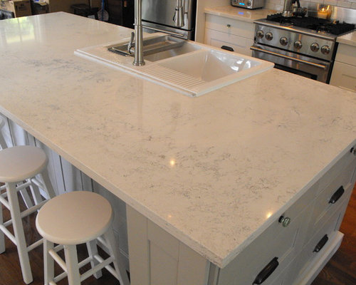 Carrera Quartz Countertops on Modern Italian Kitchen Design Ideas