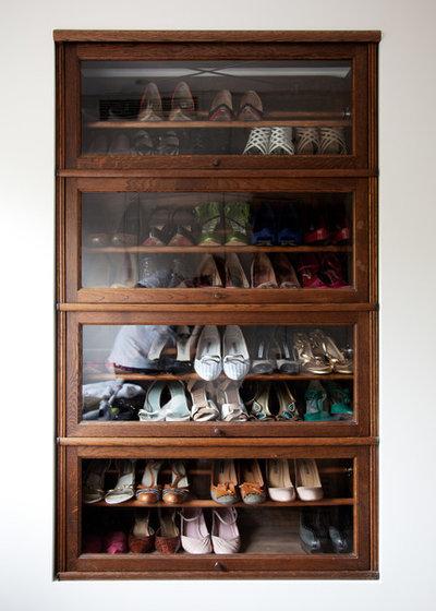 Modern Wardrobe by Sigmar