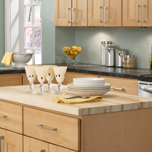 Andover Brown Collection Kitchen Cabinets Solid Wood Soft: Kitchen Cabinets