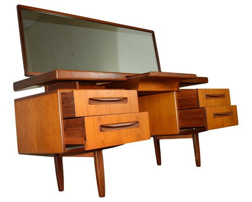 Mid century teak bedroom set by g plan for G plan bedroom furniture for sale