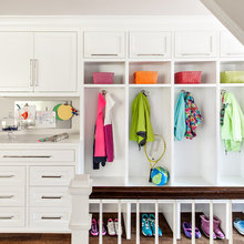 10 Organizing Essentials for a Hardworking Mudroom