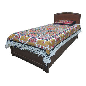 Mogul Interior - Indi Tapestry Throw Picnic Blanket Mandala Cotton Bedspread Beach Table - Authentic hand block printed, hand loomed cotton bedspreads.Variation and color runs are an inherent part of the hand crafting process.