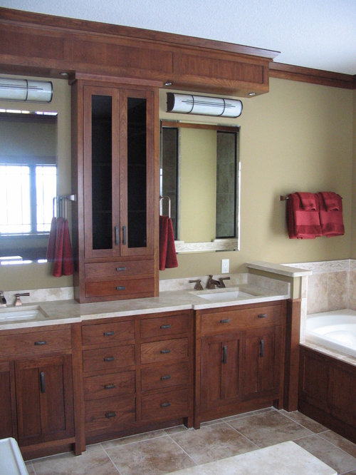 Craftsman bathroom design ideas remodels photos for Craftsman bathroom design