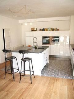 les carreaux de ciment envahissent les maisons pour ou contre. Black Bedroom Furniture Sets. Home Design Ideas