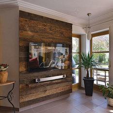 rustikale tv hifi m bel tv wandhalterung und dvd regal houzz. Black Bedroom Furniture Sets. Home Design Ideas