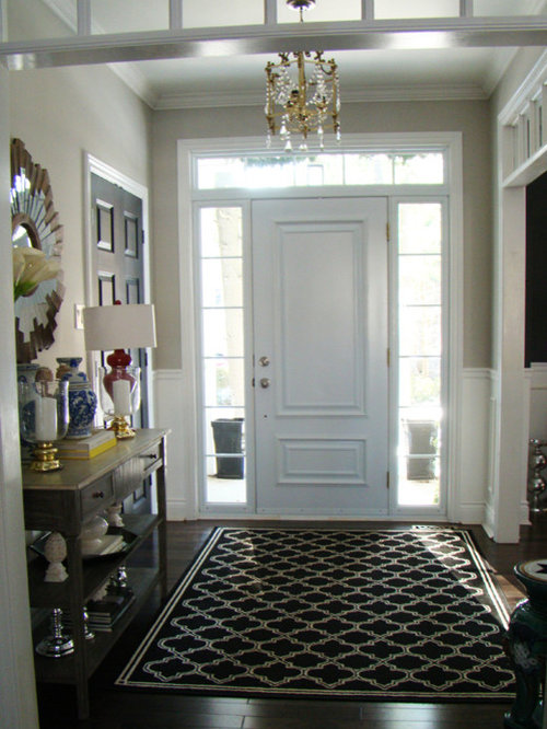 Transitional montreal entryway design ideas remodels photos for Transitional foyer ideas