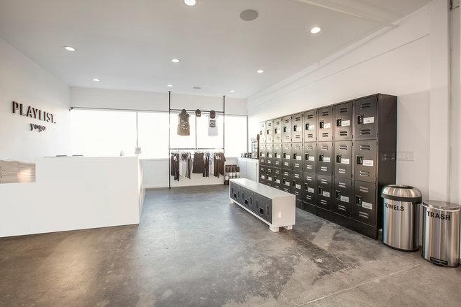 Modern  by Genna Margolis Interiors