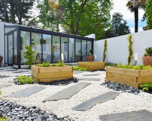 Jardin contemporain avec des pavés en pierre naturelle : Photos et ...