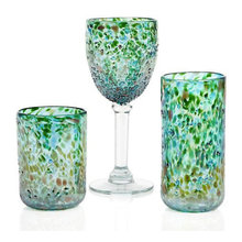 Guest Picks: Stylish Emerald Home Accessories