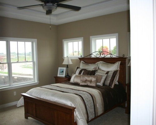 craftsman cedar rapids bedroom design ideas remodels photos houzz