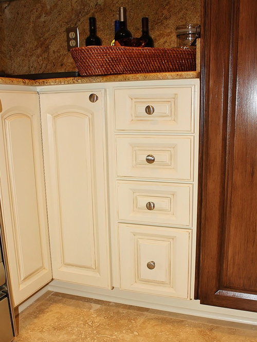 Mdf cabinet door home design ideas pictures remodel and for Chocolate pear kitchen cabinets
