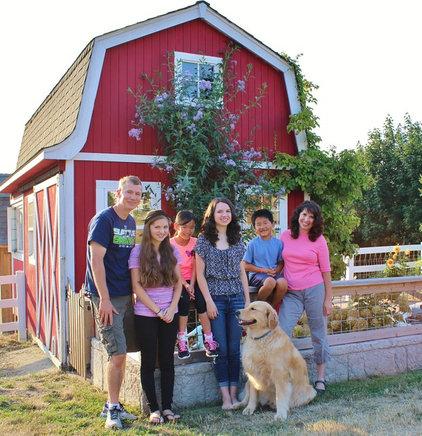 Farmhouse  by Kimberley Bryan