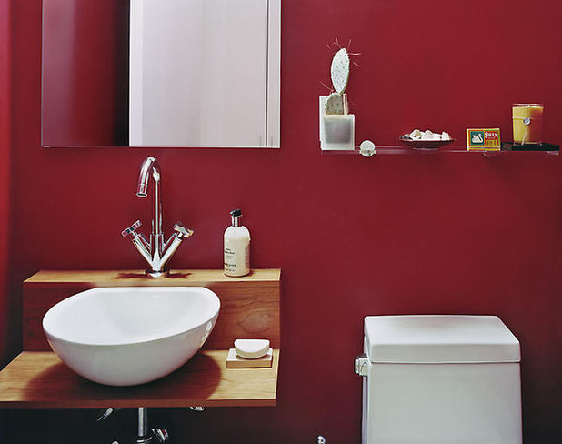 8 bold paint colors for your powder room for Bedroom ideas maroon walls