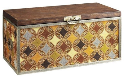 Guest Picks: Steamer Trunks That Go the Distance
