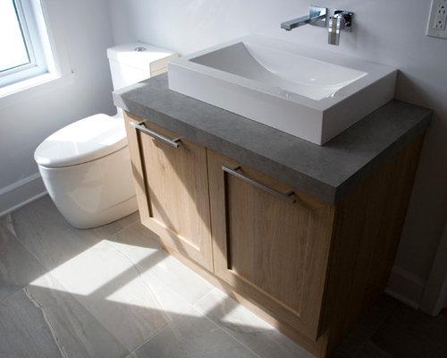 g stetoilette g ste wc mit laminat waschtisch und grauen fliesen ideen f r g stebad und. Black Bedroom Furniture Sets. Home Design Ideas