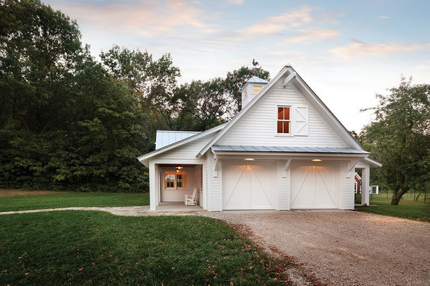 Nail Your Curb Appeal Farmhouse Style