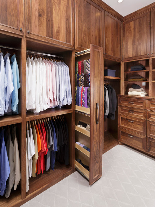 Walk in closet design ideas remodels photos for Walk in closet remodel