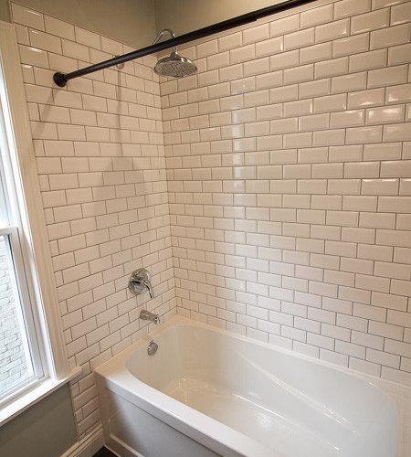 Rustic standard bathroom design ideas pictures remodel for Regular bathroom decorating ideas