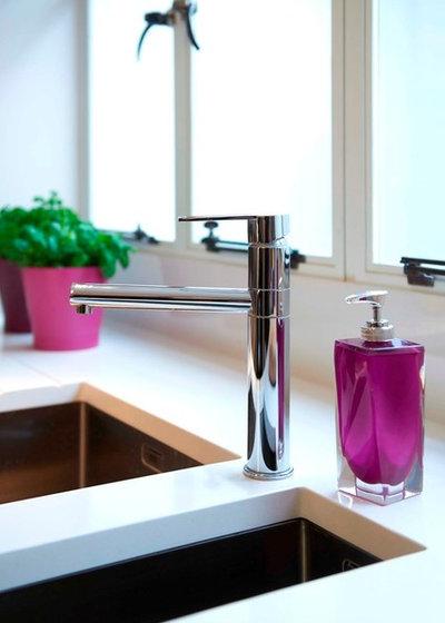 Contemporary  by Nila Design