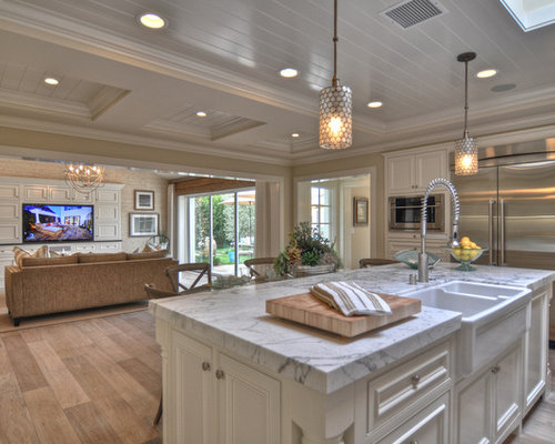 Beach Style Open Concept Kitchen Design Ideas Remodels Photos