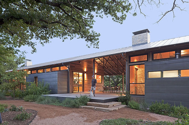 Great compositions the dogtrot house for Modern dog house designs