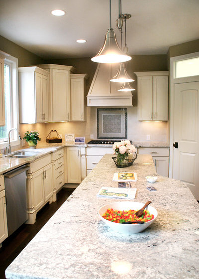 Countertop Material Weight : Kitchen Countertops 101: Choosing a Surface Material
