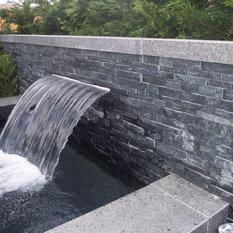 Fontaine de jardin moderne for Bassin de jardin moderne